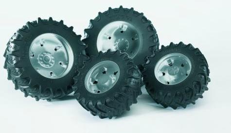 Bruder twin tyres with silver rims for 03-- tractors