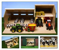 Kids Globe wooden Cattle and Machinery Shed 1:32