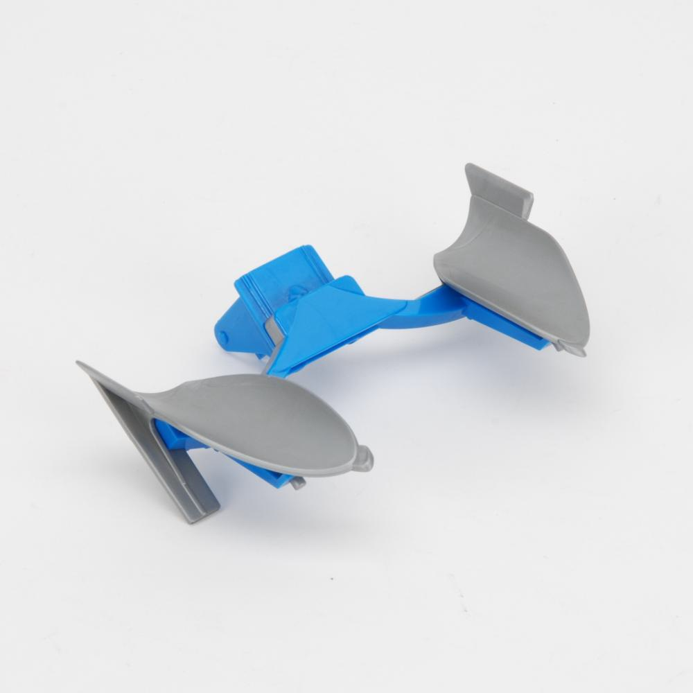 Plough blade bracket with blade for LEMKEN